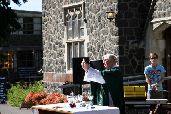 The Rev Philip Robinson celebrates The Great Thanksgiving outside St Barnabas Fendalton.