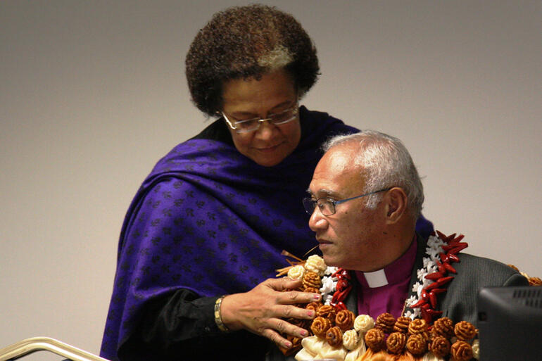 Sereima Lomaloma, the Secretary of the Diocese of Polynesia, affirms her new Bishop and boss with a lei.