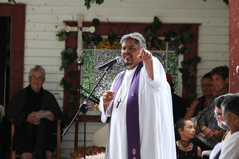 Bishop-elect Don Tamihere preached the kauwhau.