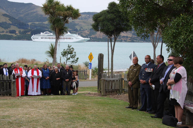 Richard Wallace was an Air Force man - and RNZAF officers welcomed him.