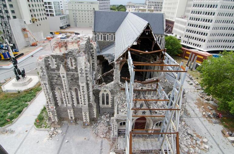 Aerial view of ChristChurch Cathedral. The nave roof appears close to collapse.
