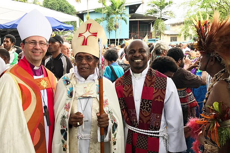 Steve and Bishop Andrew Hedge flank Archbishop Allan Migi, who was installed as the leader of the PNG Anglican Church in September 2017.