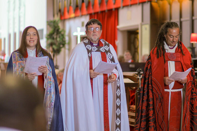 Bishop Eleanor Sanderson, Archbishop Philip Richardson and Bishop Justin Duckworth led the service of thanksgiving.